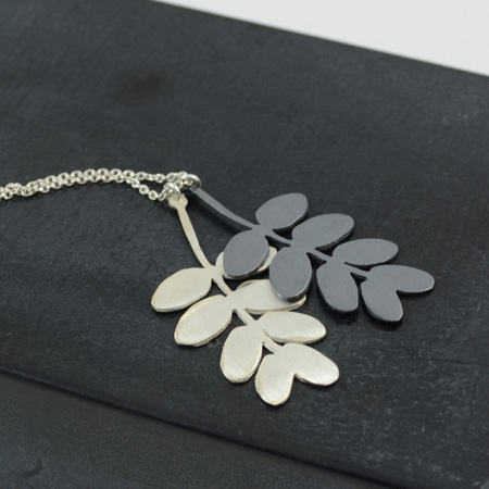 Double leaf silver necklace